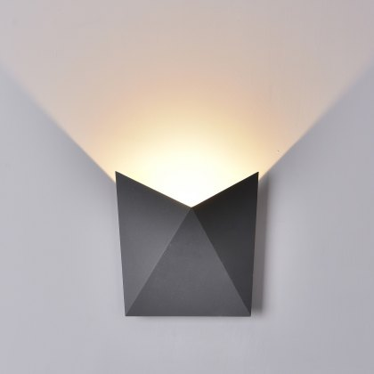 Tria Coastal wash anthracite wall light