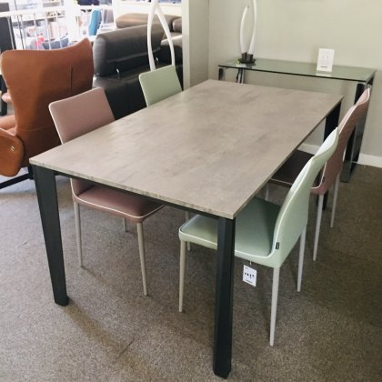 Ingenia Prisma Melamine extending dining table