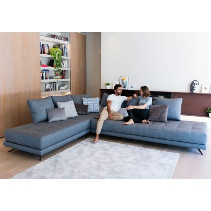 Fama Pacific large corner sofa
