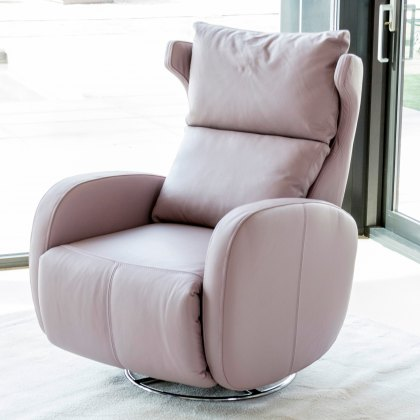 Fama Kim leather manual recliner armchair