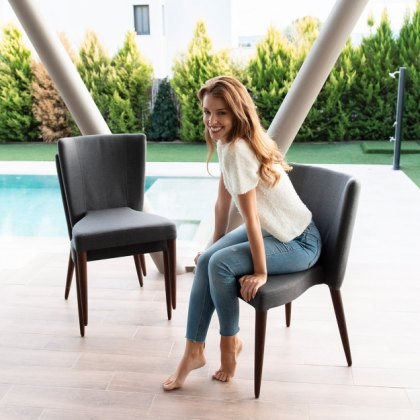 Fama Rock stacking dining chair