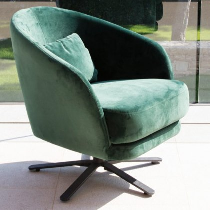 Fama Komba Swivel Leather Armchair