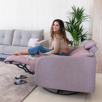 Fama Eva Fabric Power Recliner