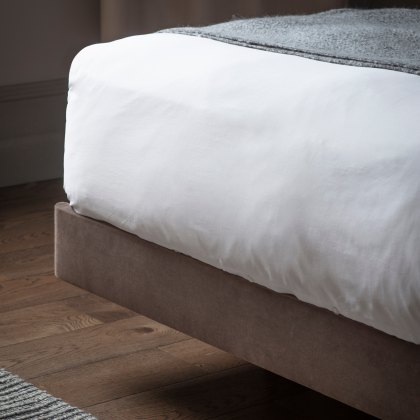 Moorgate Floating Bedstead