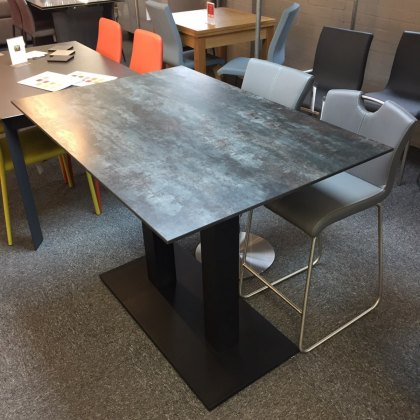 Munich ceramic counter pedestal dining table