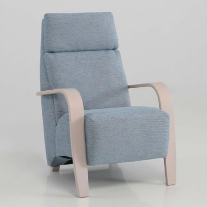 Noja leather armchair