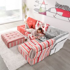 Fama Arianne Love Small Corner Sofa with Footstool
