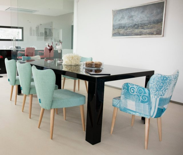 Fama Fred dining chair with arms