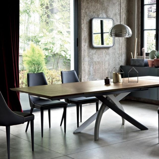 BonTempi Artistico extending dining table in wood