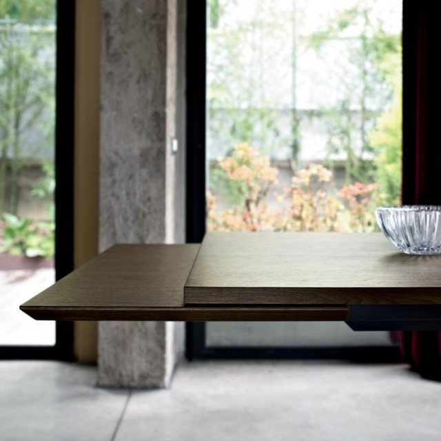 BonTempi Artistico wood extendable dining table