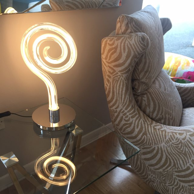 Statement LED table lamp