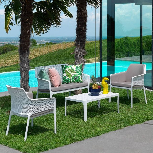 Nardi Net outdoor relax pool setting