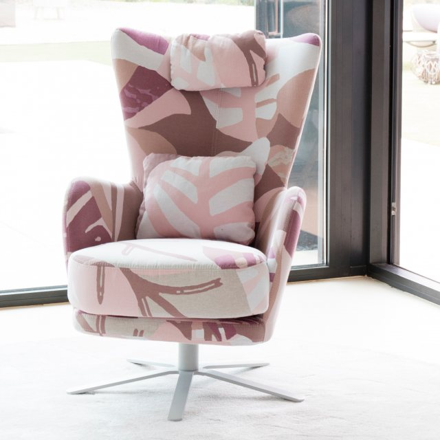 Fama Kylian swivel armchair
