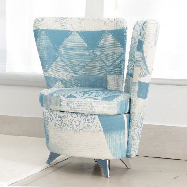 Bedroom chair for cloths