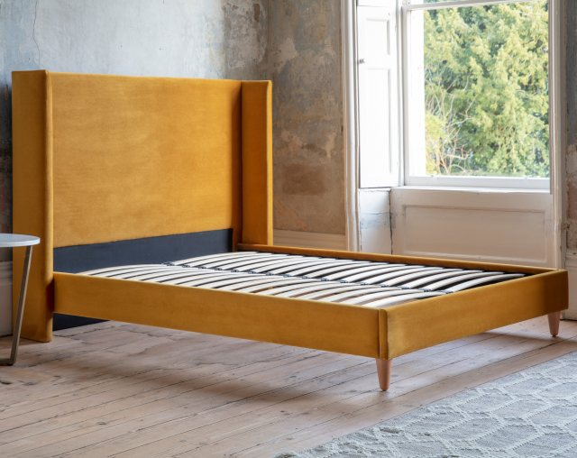 Winged bedstead