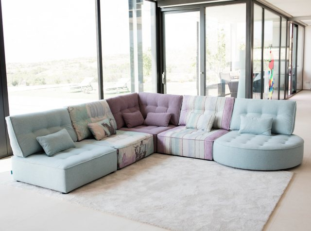 Fama Arianne Love sofa